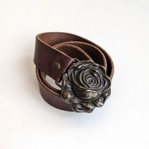 Girls leather Gap Belt Medium with Rose Buckle